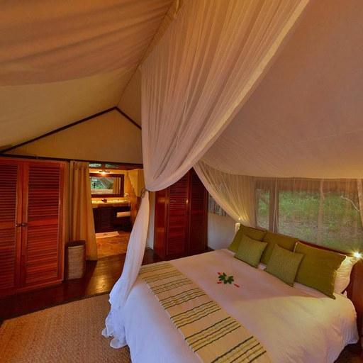 肯尼亚旅行营地 在日落中感受瑰丽非洲